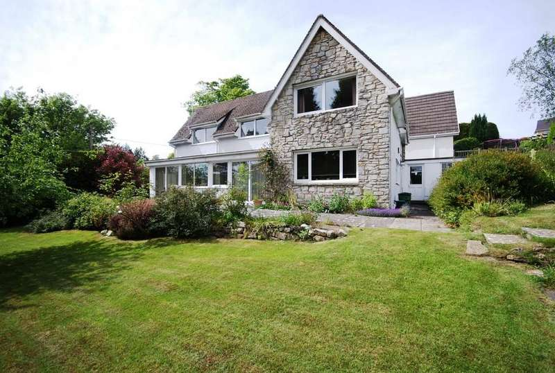 3 Bedrooms Detached House for sale in Castle Hill, Llanblethian, Near Cowbridge, Vale of Glamorgan, CF71 7JB