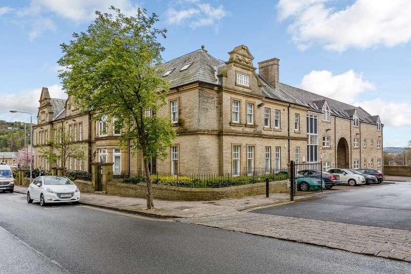 1 Bedroom Flat for sale in Clare Court, Halifax, West Yorkshire HX1