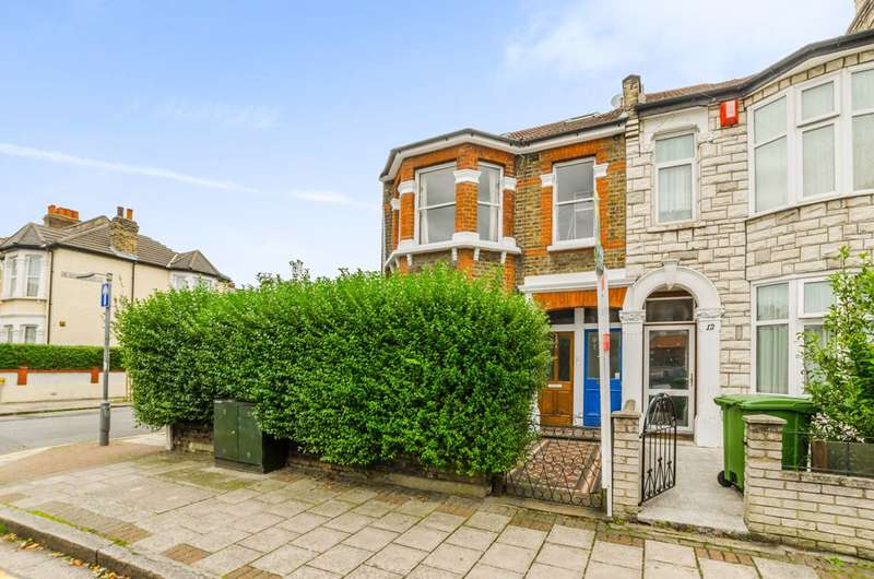 1 Bedroom Flat for sale in Lawrence Road, Upton Park, E13