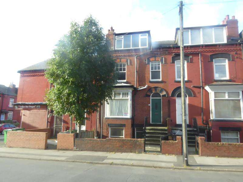 2 Bedrooms Terraced House for sale in Seaforth Avenue, Harehills, LS9