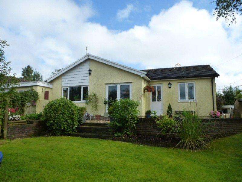 4 Bedrooms Detached House for sale in 12 Golwg Y Gaer, Salem, Llandeilo, Carmarthenshire.