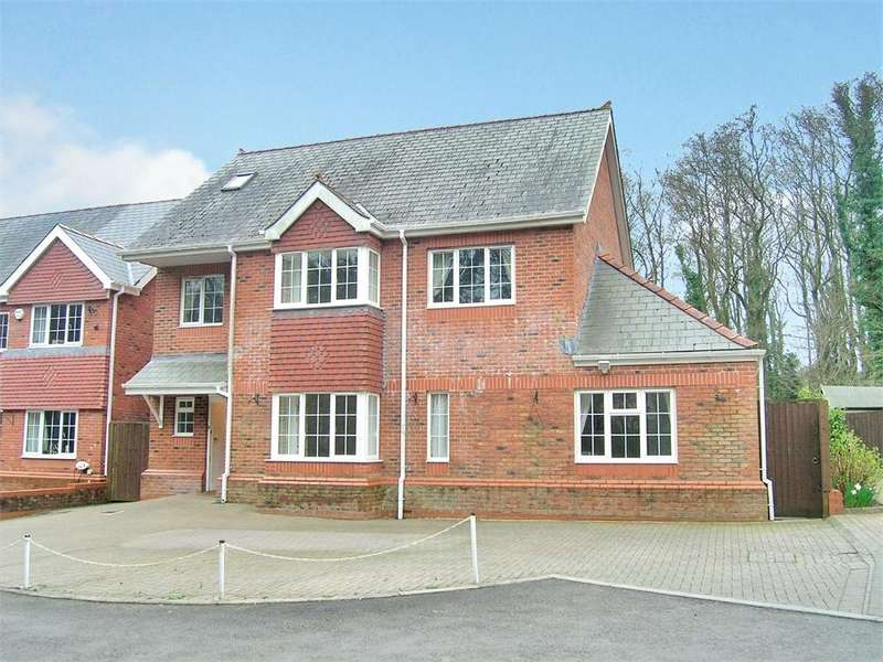 6 Bedrooms Detached House for sale in Ochr Y Coed, Thornhill, Cardiff