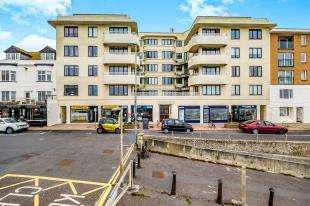 2 Bedrooms Flat for sale in St Margaret's, High Street, Rottingdean, East Sussex