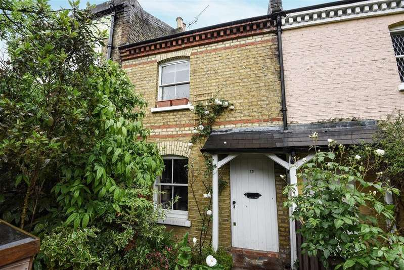 2 Bedrooms House for sale in Medfield Street, Roehampton