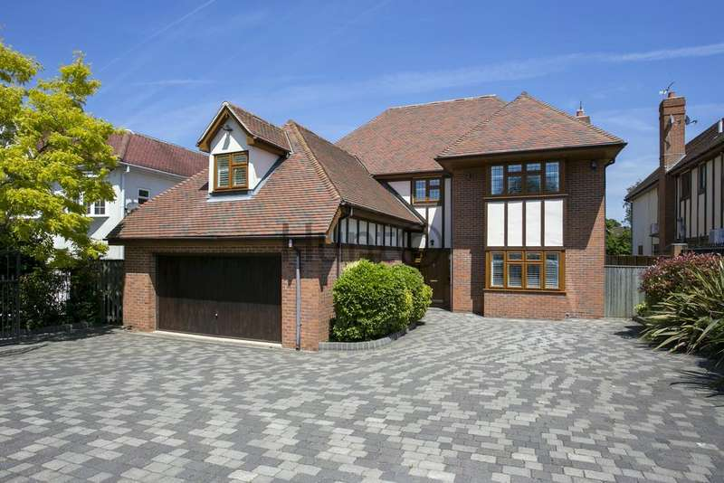 5 Bedrooms Detached House for rent in Tomswood Road, Chigwell IG7