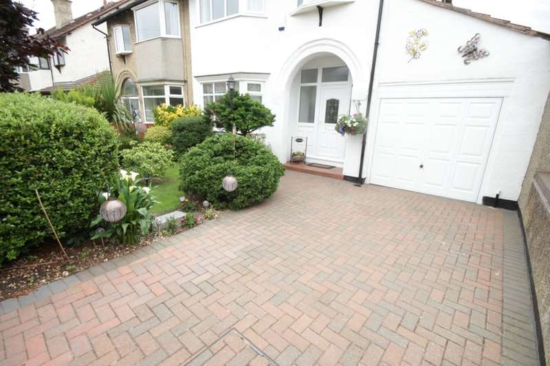 3 Bedrooms Semi Detached House for sale in Queens Avenue Meols, Wirral, Merseyside, CH47