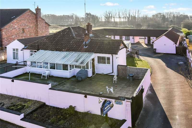 4 Bedrooms Bungalow for sale in Cheddar Road, Axbridge, BS26