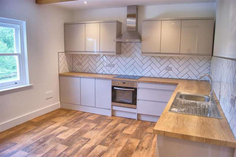 3 Bedrooms Apartment Flat for sale in High Street, Newport