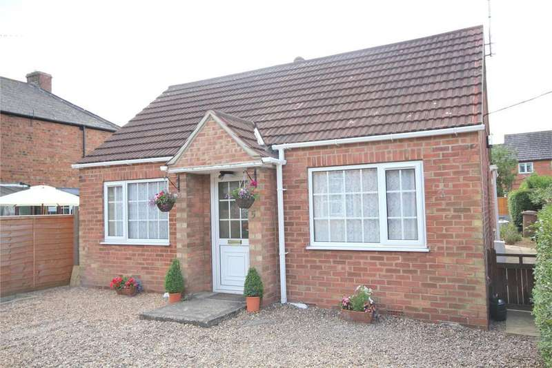 2 Bedrooms Detached Bungalow for sale in New Street, Heckington, NG34