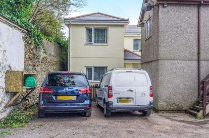 2 Bedrooms Detached House for sale in Redruth, Cornwall, U.K.