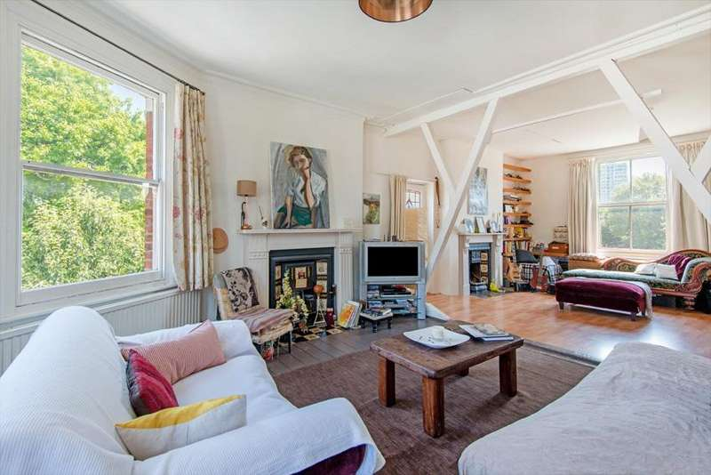 3 Bedrooms Flat for sale in Savernake Road, Hampstead NW3