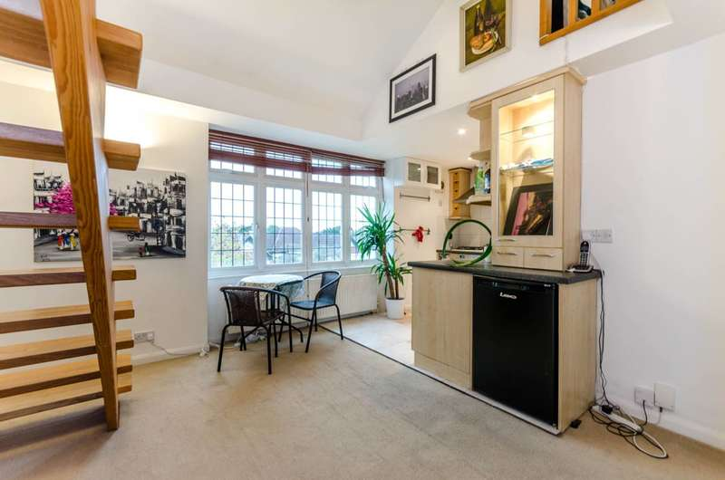 1 Bedroom Flat for sale in Ewell Road, Tolworth, KT6