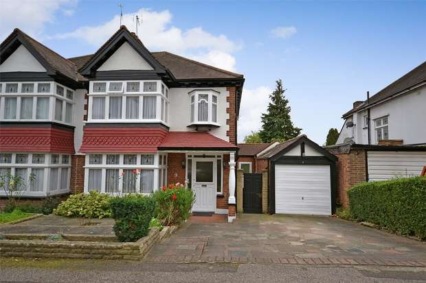 3 Bedrooms Semi Detached House for sale in Stapenhill Road, WEMBLEY, Middlesex
