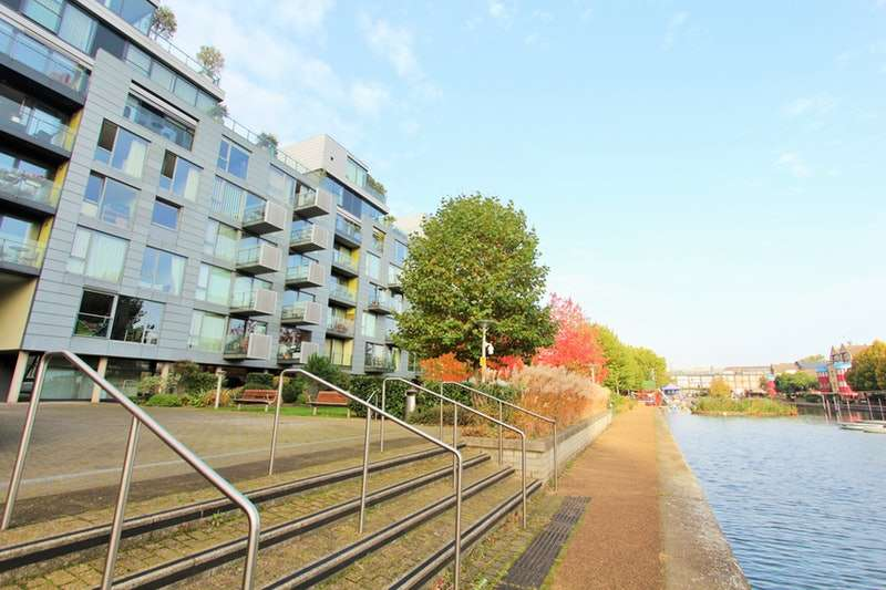 2 Bedrooms Flat for sale in Graham Street, London, London, N1