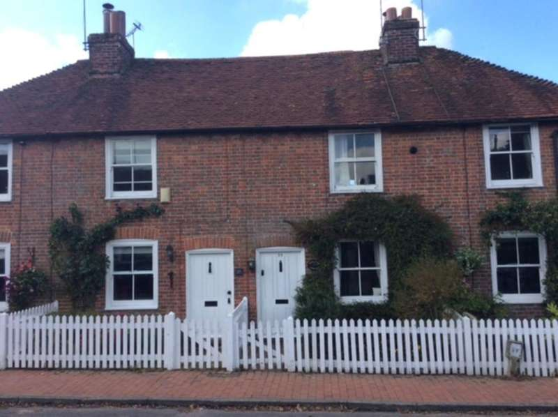 2 Bedrooms Terraced House for rent in High Street, Frant, TN3 9DT