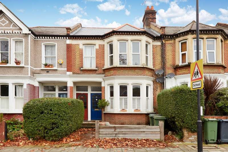 3 Bedrooms Apartment Flat for sale in Harborough Road, London
