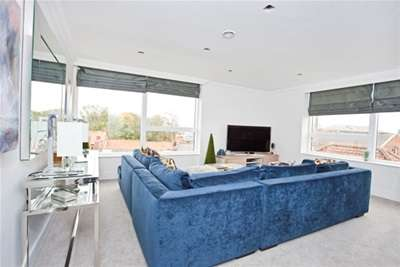 2 Bedrooms Flat for rent in Biba House, St. Saviours Place, York, YO1