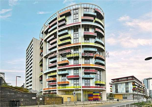 2 Bedrooms Flat for sale in Icona Point, 58 Warton Road, London