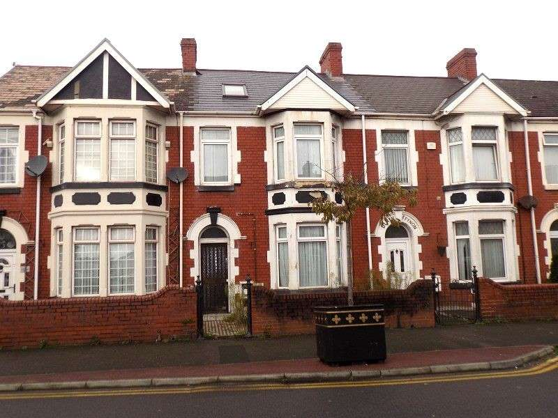 3 Bedrooms Terraced House for sale in Victoria Road, Port Talbot, Neath Port Talbot. SA12 6QQ