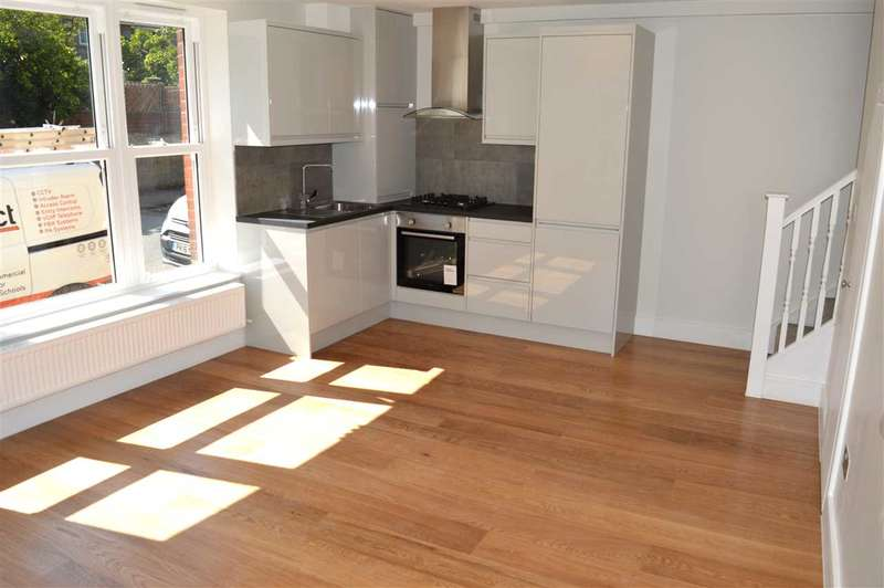 2 Bedrooms Apartment Flat for sale in Mill House, Priory Road, Dartford