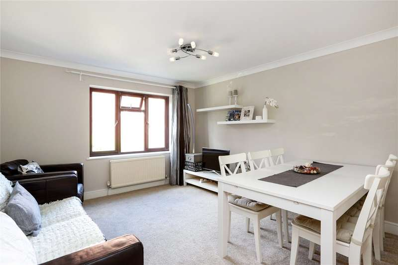 2 Bedrooms Flat for sale in Lelliot Court, 2A Edge Hill, London, SW19