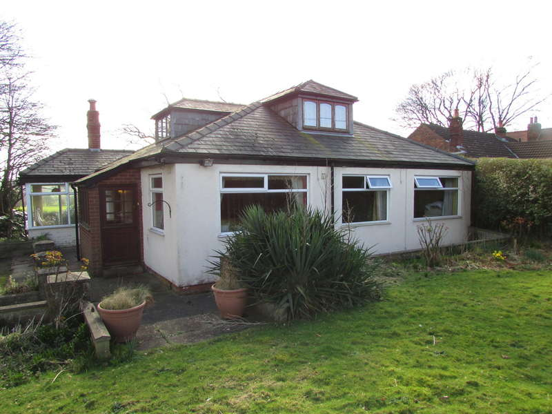 4 Bedrooms Detached Bungalow for sale in Chester Road, Sutton Weaver