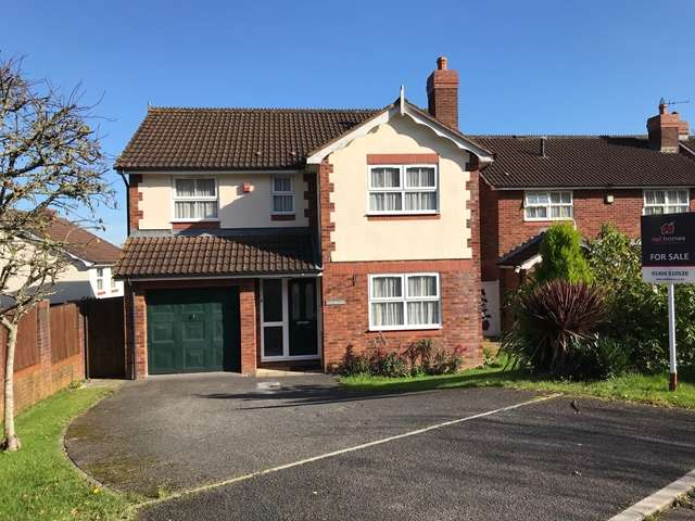 4 Bedrooms Detached House for sale in Linhay Close, Honiton