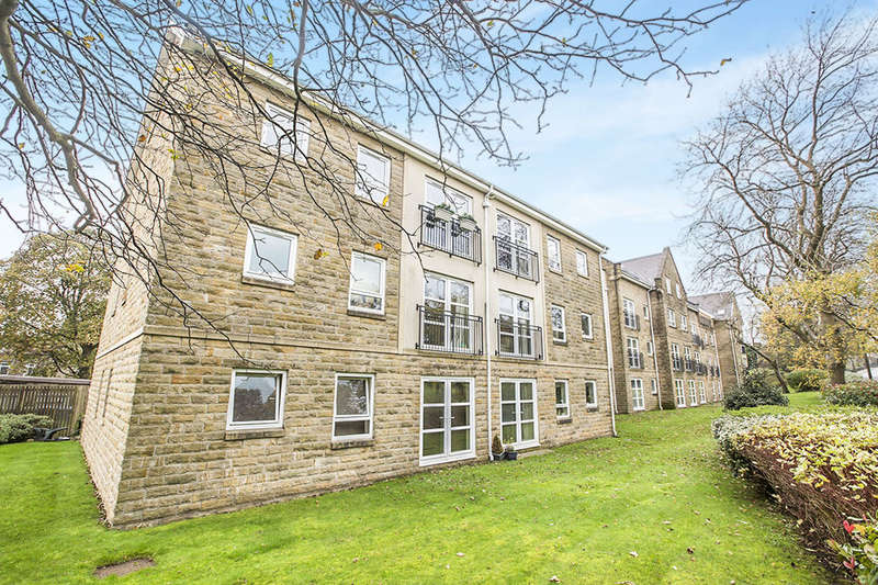 2 Bedrooms Flat for sale in Albert Promenade, Halifax, HX3