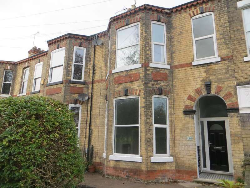 4 Bedrooms Terraced House for sale in Sunny Bank, Hull, HU3 1LE