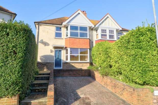 3 Bedrooms Semi Detached House for sale in Colwood Crescent, Eastbourne, BN20