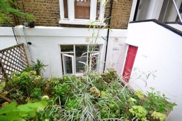 2 Bedrooms Apartment Flat for sale in Kings Grove, Peckham, SE15