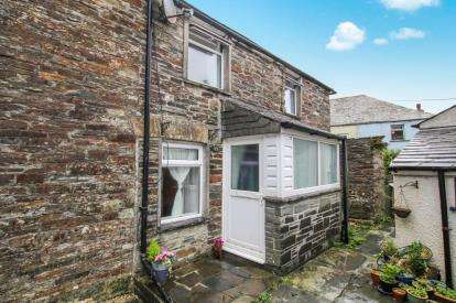 2 Bedrooms Semi Detached House for sale in Delabole, Cornwall, England