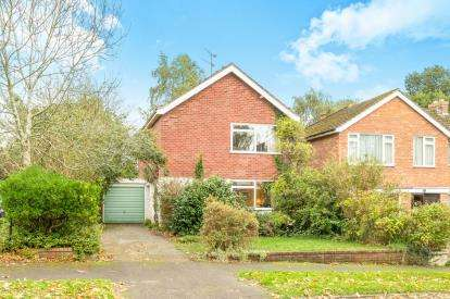 3 Bedrooms Detached House for sale in Blacklow Road, Warwick