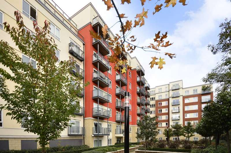 2 Bedrooms Flat for sale in Aerodrome Road, Colindale, NW9