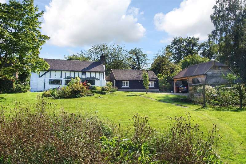 3 Bedrooms Detached House for sale in Hammer Lane, Haslemere, Surrey, GU27