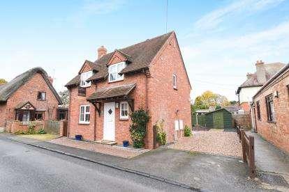 3 Bedrooms Detached House for sale in School Lane, Bretforton, Evesham, Worcestershire