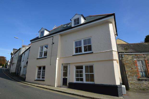 2 Bedrooms Flat for sale in Higher Lux Street, Liskeard, Cornwall