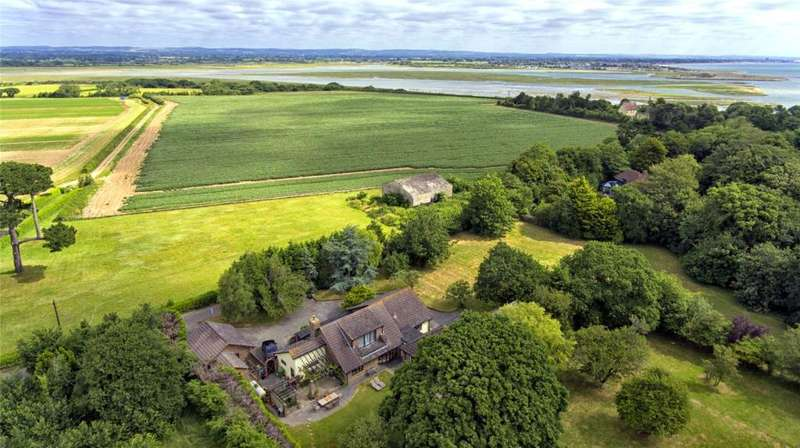 4 Bedrooms Detached House for sale in Rectory Lane, Church Norton, Chichester, West Sussex, PO20