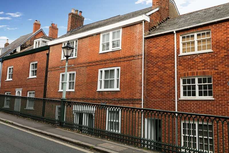 3 Bedrooms Town House for sale in Lower North Street, Exeter