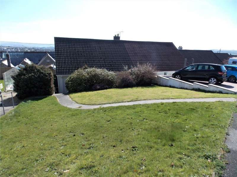 3 Bedrooms Semi Detached Bungalow for sale in Gribben Close, St Austell
