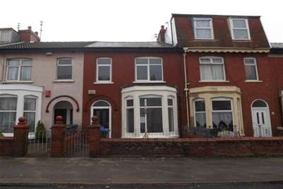 3 Bedrooms Terraced House for rent in Westmorland Avenue, Blackpool