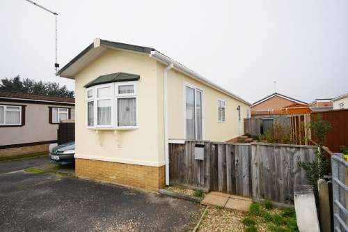 2 Bedrooms Park Home Mobile Home for sale in Pinehurst Park, West Moors
