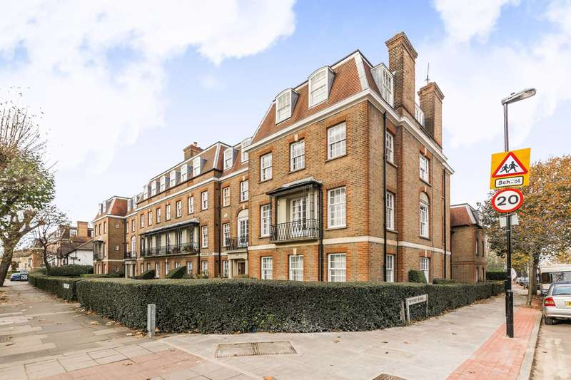 3 Bedrooms Flat for sale in Fortis Green, Muswell Hill, N10