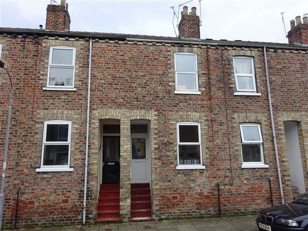 2 Bedrooms Terraced House for sale in Lower Ebor Street, Clementhorpe, York