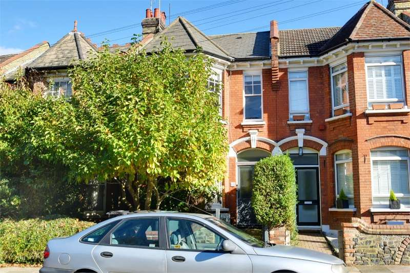 3 Bedrooms Flat for sale in Windermere Road, Muswell Hill, London