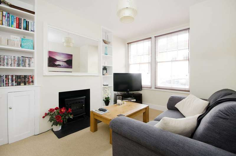 1 Bedroom Maisonette Flat for sale in Edgington Road, Streatham, SW16