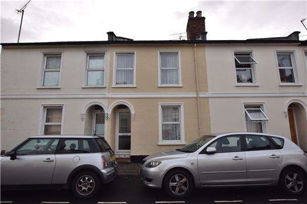 2 Bedrooms Terraced House for sale in New Street, Cheltenham, Glos, GL50 3LP
