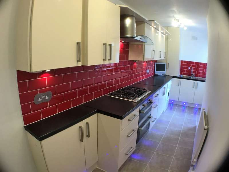 2 Bedrooms Terraced House for sale in Banner Street, Wavertree, Liverpool, L15