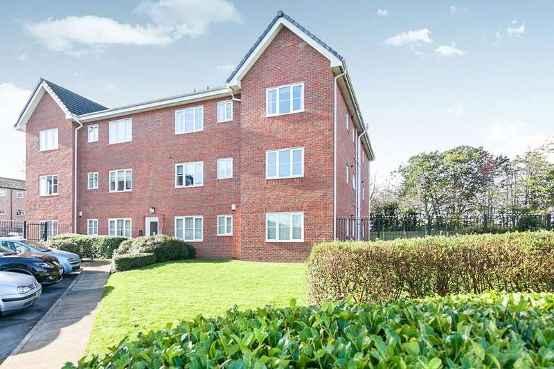 2 Bedrooms Flat for sale in Gypsy Moth Close, Timperley, Altrincham, WA15
