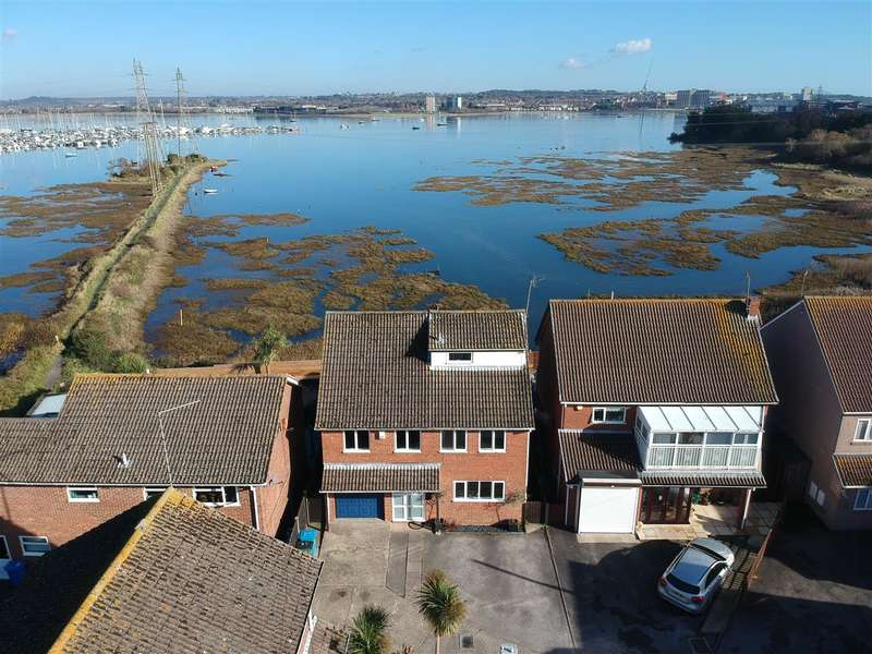 5 Bedrooms Detached House for sale in Hamworthy Peninsula